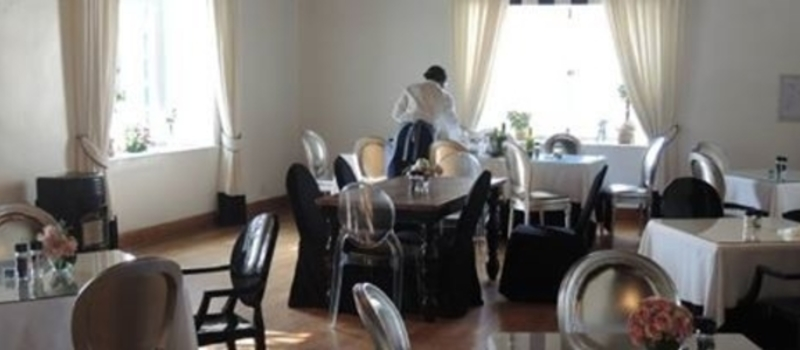 Migrant workers in the South African hospitality sector